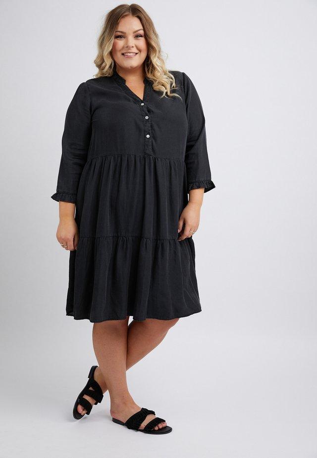 CLAIRE - Korte jurk - black