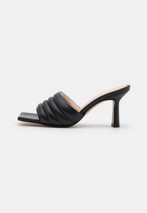 DEJIN - Pantofle na podpatku - noir