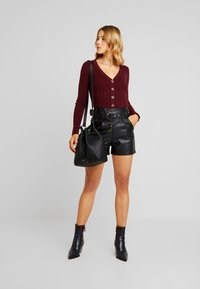 Lost Ink - BUTTON FRONT - Shorts - black - 1