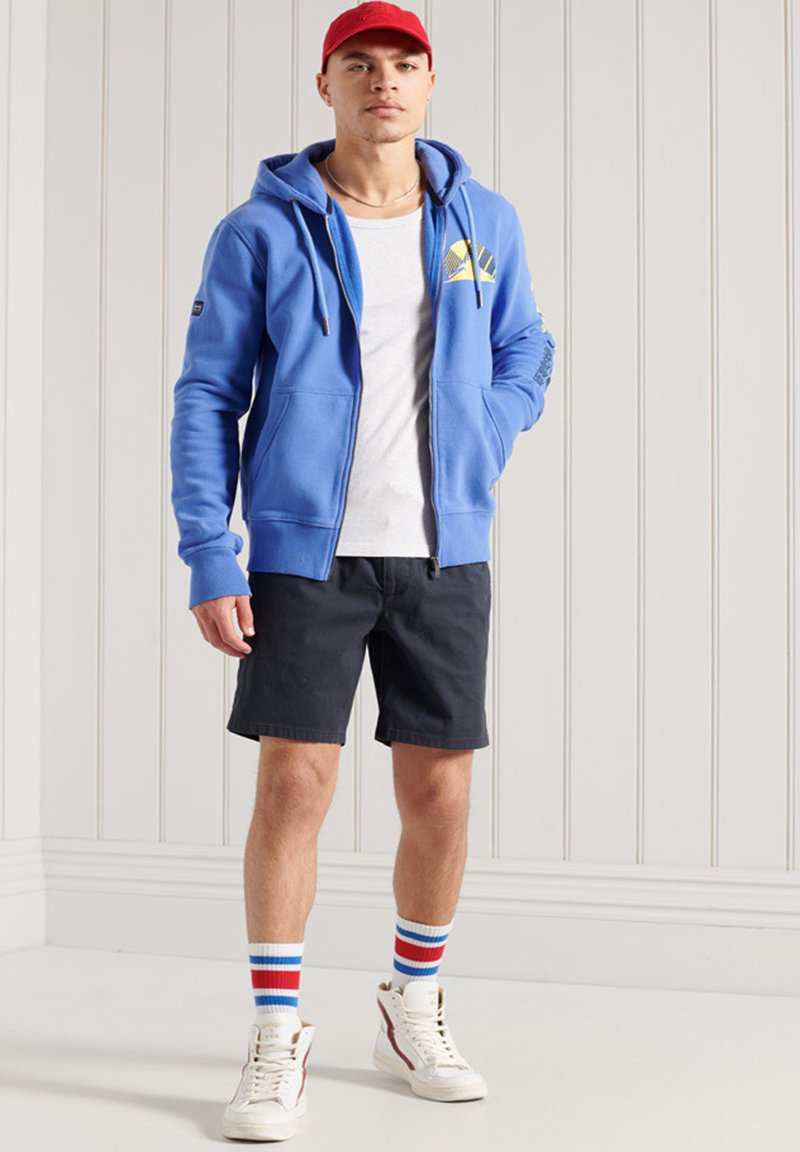 Superdry - HERITAGE MOUNTAIN GRAPHIC - Sweatjacke - chambray blue