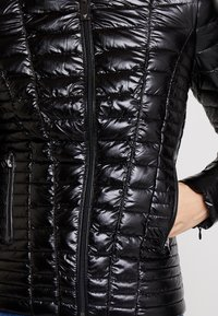 Guess - VERA JACKET - Light jacket - jet black - 5