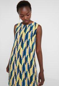M Missoni - ABITO SENZA MANICHE - Day dress - yellow/blue - 4