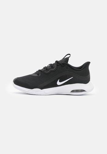 AIR MAX VOLLEY - Multicourt tennis shoes - black/white