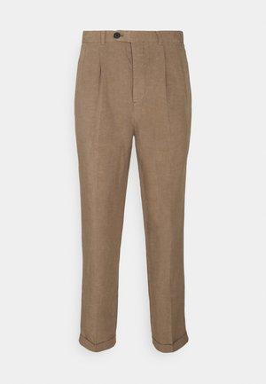 VAGA TROUSER - Trousers - alpine brown