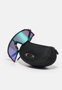 Oakley - SUTRO UNISEX - Sportbrille - matte black/road jade - 3