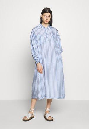 CARIN - Shirt dress - eventide