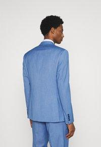 Isaac Dewhirst - SUIT - Suit - blue - 2