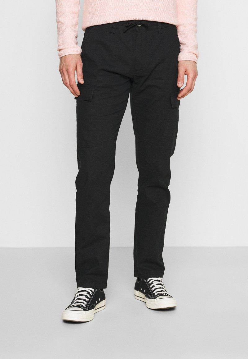 INDICODE JEANS - LASSO - Cargo trousers - black