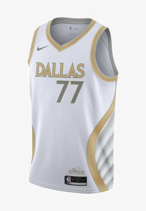 Club wear - white/club gold/flt silver/(doncic luka)
