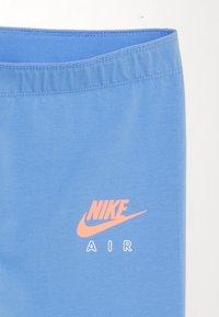 Nike Sportswear - AIR FAVORITES - Legíny - royal pulse/atomic pink - 2