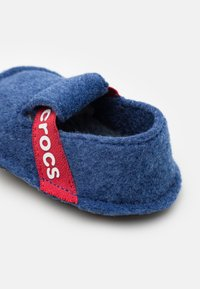 Crocs - CLASSIC SLIPPER UNISEX - Slippers - cerulean blue - 5