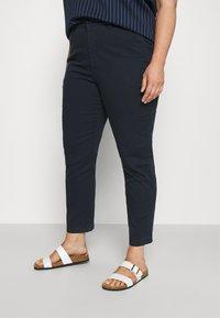 Lauren Ralph Lauren Woman - GABBY PANT - Jeans a sigaretta - navy - 0
