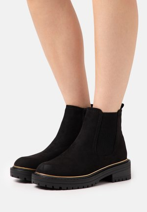 DANI PIPED CHELSEA - Platform ankle boots - black