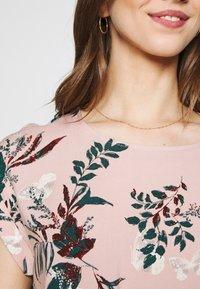 Vero Moda - VMSIMPLY EASY TIE SHORT DRESS - Vapaa-ajan mekko - misty rose - 5
