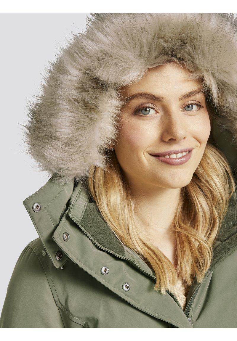 TOM TAILOR ARCTIC - Wintermantel - greyish green/grün Wr4zru
