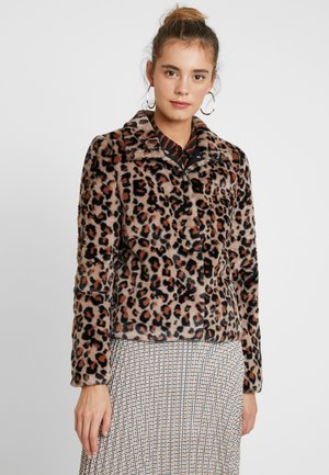 VMLEOPARD HIGH NECK FAUX FUR SHORT - Light jacket - silver mink