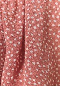 Abercrombie & Fitch - CINCH VNECK FLUTTER - Blus - pink - 2