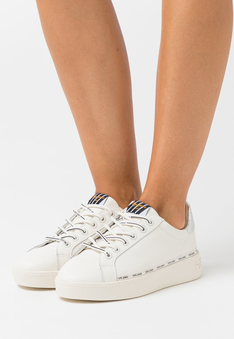 Pepe Jeans - BRIXTON AGAIN - Trainers - offwhite