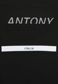 Antony Morato - ROUND NECK COLLAR  - T-shirt con stampa - black - 2