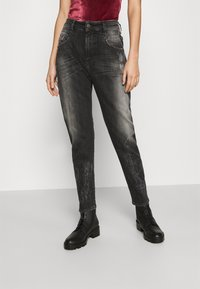 Diesel - D-FAYZA - Džíny Relaxed Fit - washed black - 0