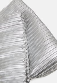 KARL LAGERFELD - KUSHION FOLDED TOTE - Tote bag - silver - 5