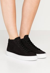 GARMENT PROJECT - TYPE MID SLIM SOLE - Korkeavartiset tennarit - black - 0
