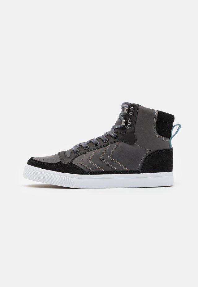 STADIL UNISEX - Zapatillas altas - black