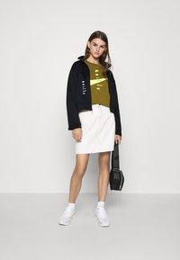 Nike Sportswear - Veste de survêtement - black/white - 1