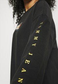 Tommy Jeans Curve - TEE DRESS - Day dress - black - 5