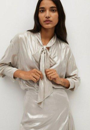 MIT SCHLEIFE - Button-down blouse - beige