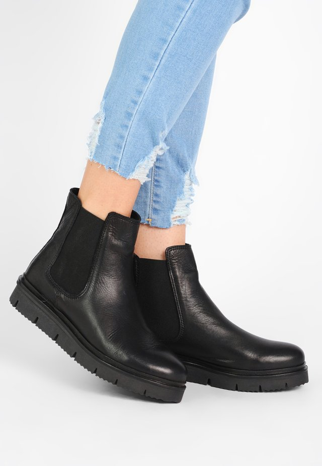 WARM CLEATED CHELSEA - Ankle Boot - black