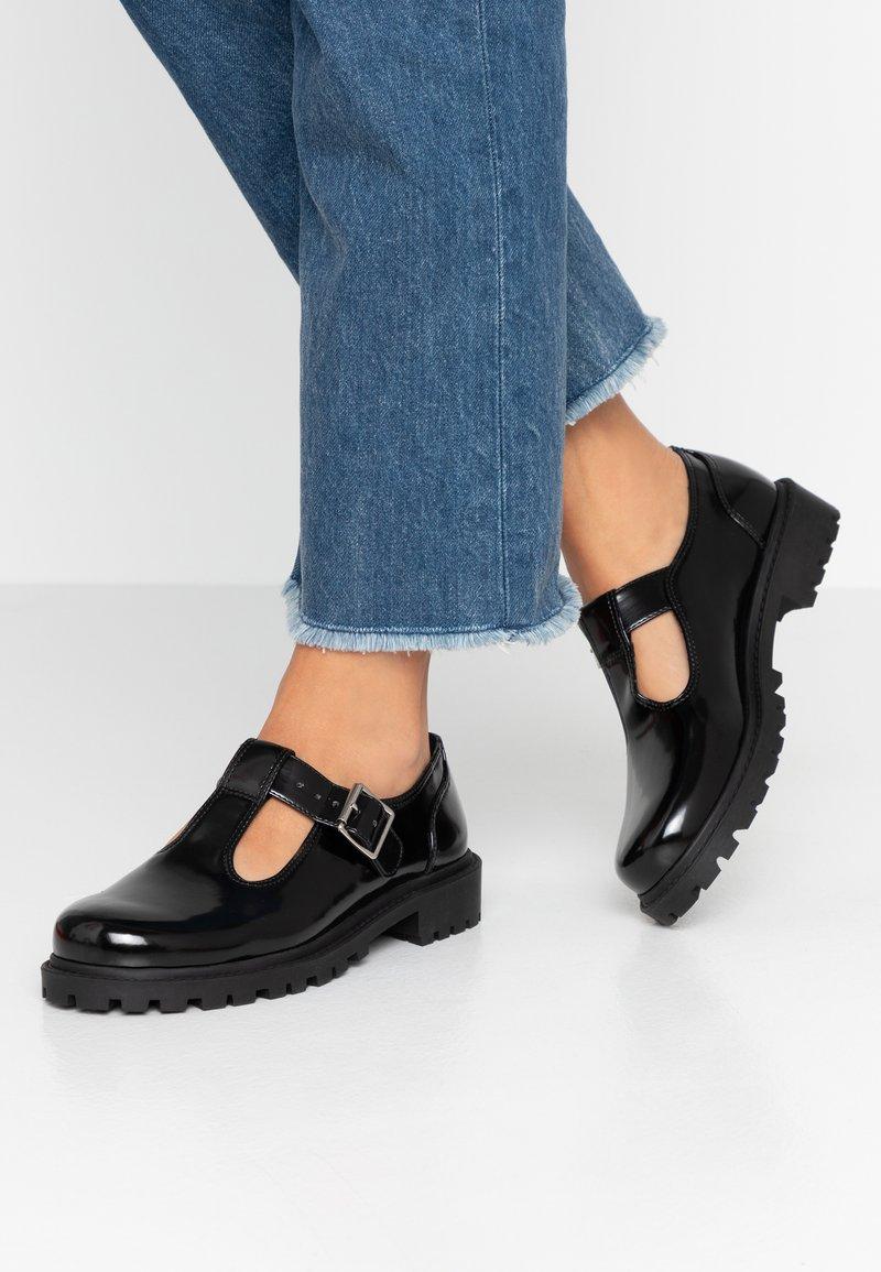 Monki - ANDREA SHOE UNIQUE - Nazouvací boty - black