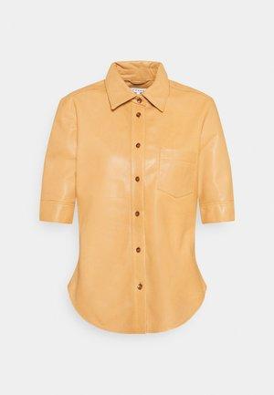 70S  SHIRT - Button-down blouse - butterscotch