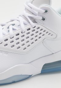 Jordan - MAXIN 200 - High-top trainers - white/metallic silver - 5