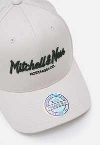 Mitchell & Ness - Keps - stone/forest - 3