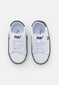 Polo Ralph Lauren - QUILTON BEAR GORE LAYETTE UNISEX - First shoes - white smooth/navy - 3
