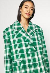 Monki - PENNY - Short coat - green - 3