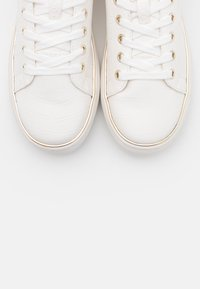Call it Spring - KASSIEE - Sneakers laag - white - 5