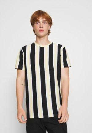 RAMIREZ TEE - T-shirt con stampa - black/pastell yellow/white