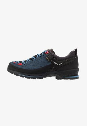 MTN TRAINER 2 GTX - Hiking shoes - dark denim/fluo coral