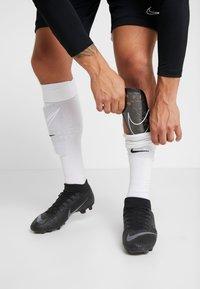Nike Performance - MERCURIAL LITE UNISEX - Parastinchi - black/white - 0