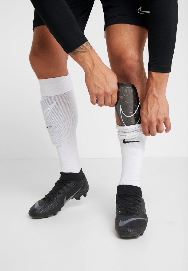 Nike Performance - MERCURIAL LITE UNISEX - Parastinchi - black/white