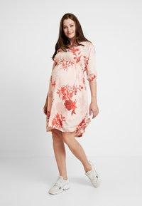 Queen Mum - DRESS 3/4 AUSTIN - Korte jurk - emberglow - 2