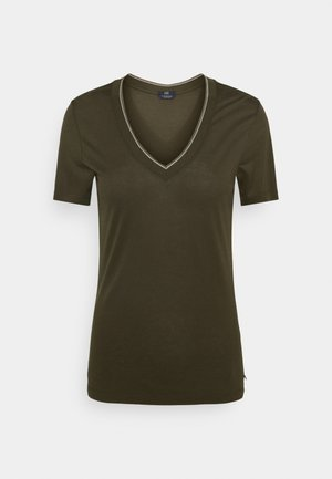 V NECK SHORT SLEEVE TEE WITH STRIPED DETAIL - Camiseta básica - mountain brown