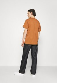 Nudie Jeans - TUFF TONY - Jeans relaxed fit - dry malibu - 2
