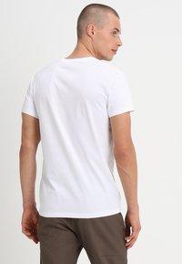 Samsøe Samsøe - KRONOS  - Basic T-shirt - white - 2