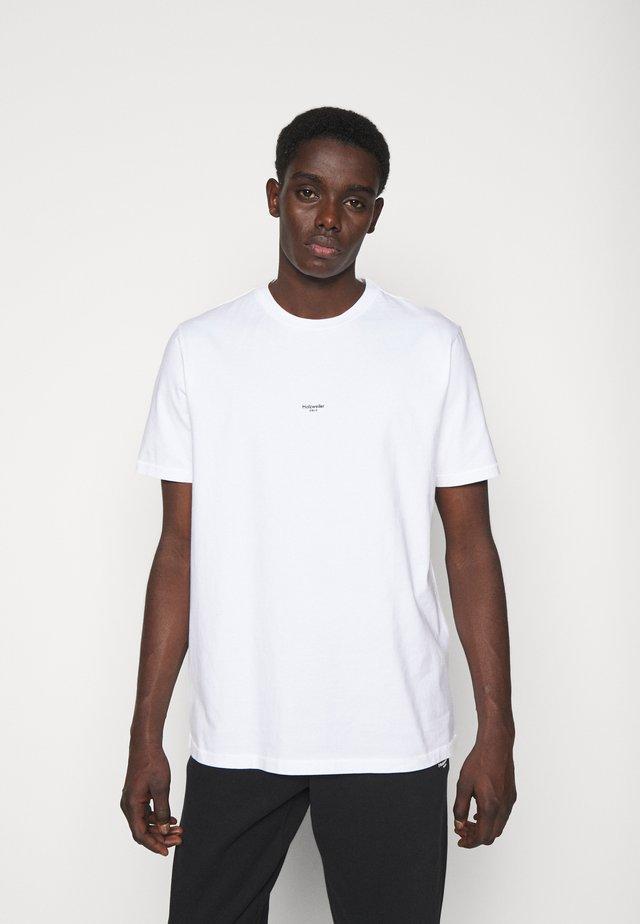 OSLO  - T-shirt print - ecru