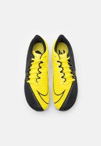 Nike Performance - ZOOM RIVAL FLY 2 - Zapatillas de running neutras - black/opti yellow/white - 3