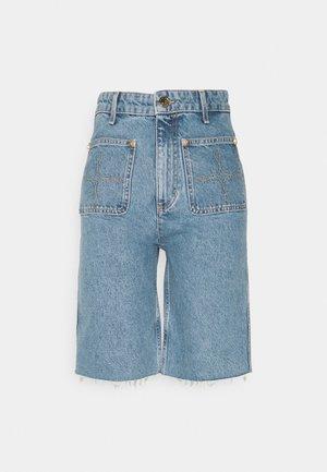 AVRIL - Denim shorts - bleu denim