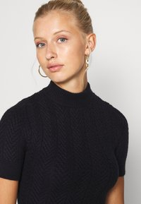 Fashion Union - ETHAL - Strikket kjole - navy - 3